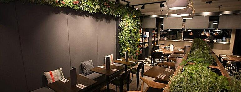 Restaurant green wall