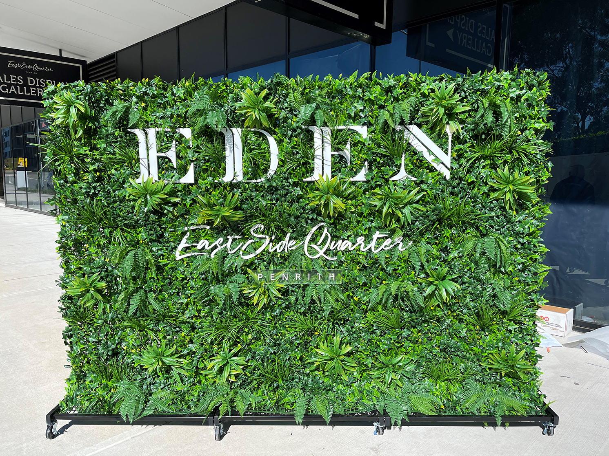 Mesh grid portable wall installation for Eden